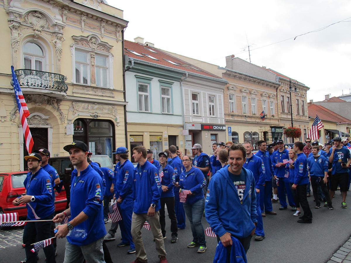 2015-isde-team-usa-parade