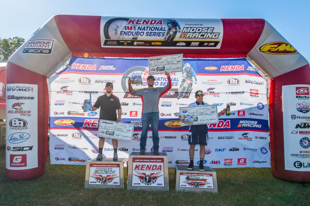 men-podium-zink ranch enduro